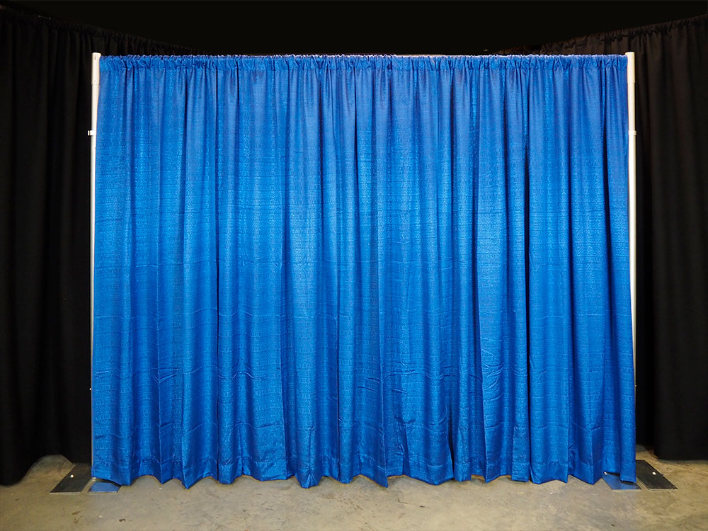 pipe and drape display with 100% fullness